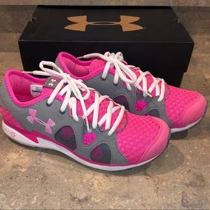 Under Armour shoes - brand new!